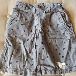Boys gray skull shorts # b19